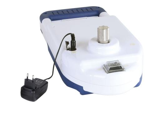 ¡A navegar cómodamente! Con tan solo 3 kg de peso, esta manivela de cabrestante se alimentada por una batería de iones de litio y proporciona hasta 110 RPM, elevando su vela con una velocidad impresionante. (Imagen 4 de 9)